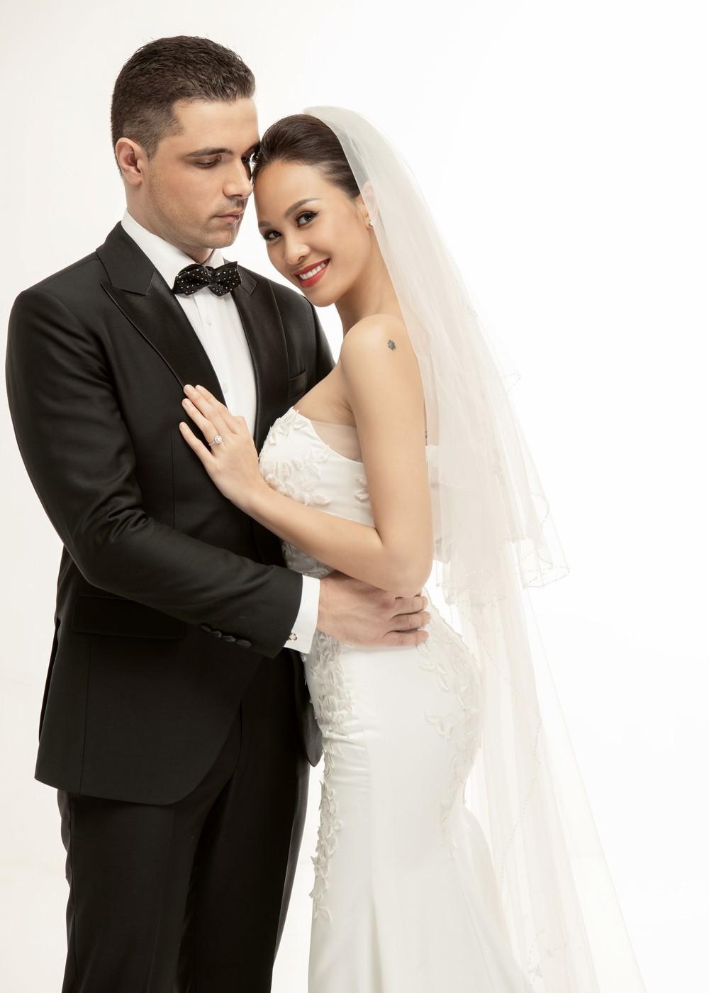 So kè váy cưới của 3 mỹ nhân Vbiz sắp về nhà chồng: Phí Linh nền nã, Phương Mai sexy nhưng bất ngờ nhất là Đàm Thu Trang - Ảnh 7.