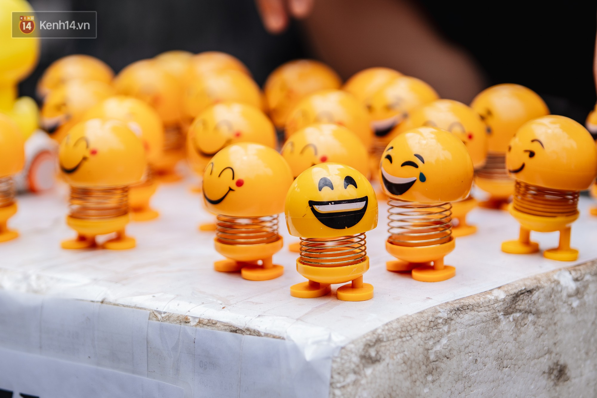 Người người nhà nhà đổ xô đi bán thú nhún lò xo Emoji, tự tin khoe thu nhập lên đến 5 triệu/ngày - Ảnh 3.