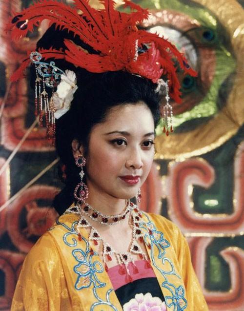 10 mỹ nhân màn ảnh đẹp nhất Tây Du Ký: Có người còn được ghép đôi nhiệt tình với Đường Tăng - Ảnh 22.