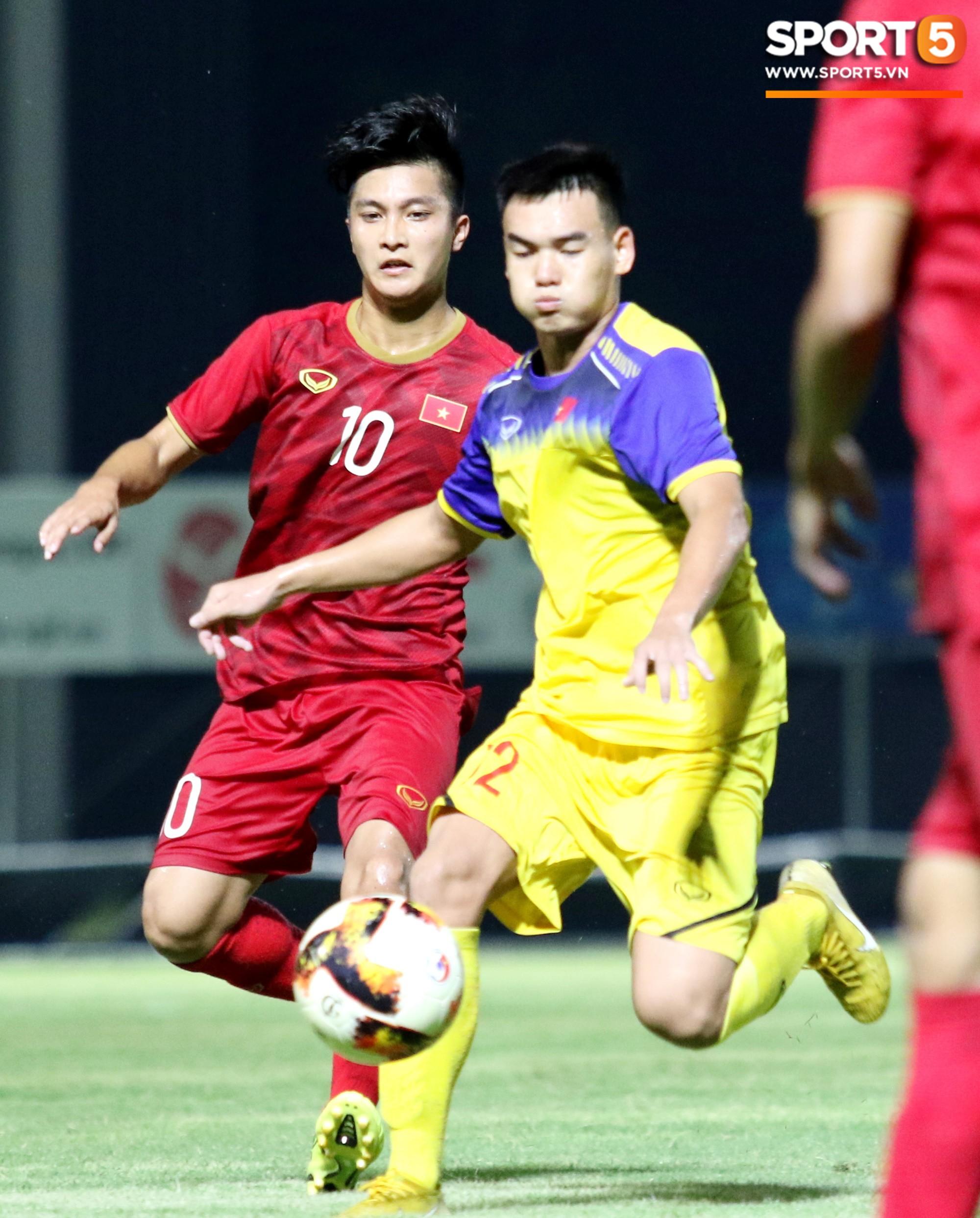 Đánh bại U18 Việt Nam, HLV Park Hang-seo phát hiện nhân tố thay thế Đình Trọng tại SEA Games - Ảnh 11.
