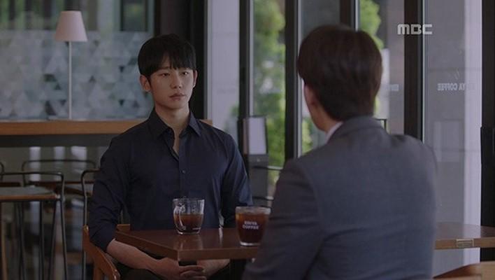 Dọa sẽ bóc phốt nếu không tránh xa Han Ji Min, Jung Hae In dằn mặt tình địch cực gắt trong tập 15 Đêm Xuân - Ảnh 7.