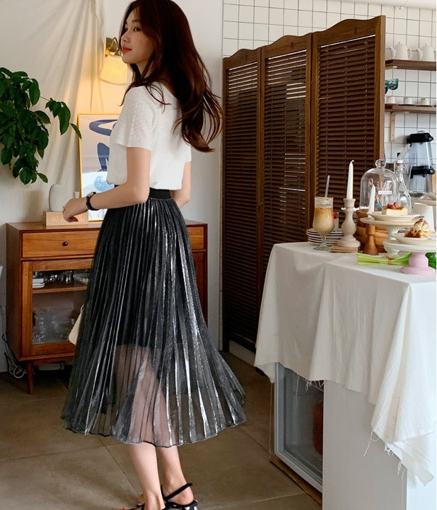 Dân tình nhận ra thêm một tính cách của Hà Tăng chỉ nhờ vào một thiết kế váy - Ảnh 7.