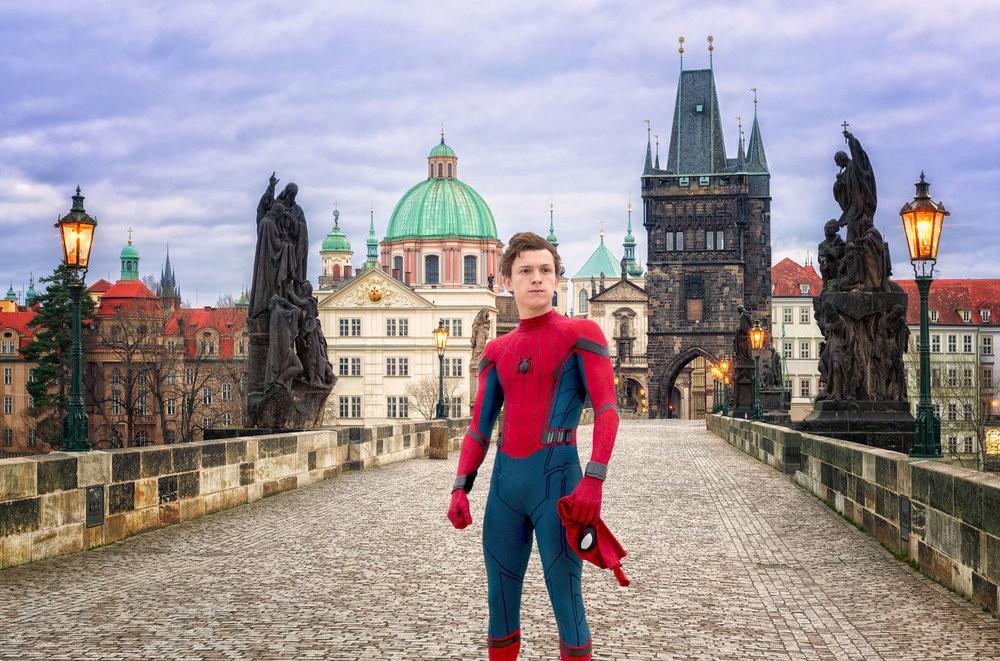 """Điểm danh loạt tọa độ nổi tiếng xuất hiện trong bom tấn """"Người Nhện xa nhà"""": Spider Man đưa khán giả đi khắp châu Âu! - Ảnh 16."""