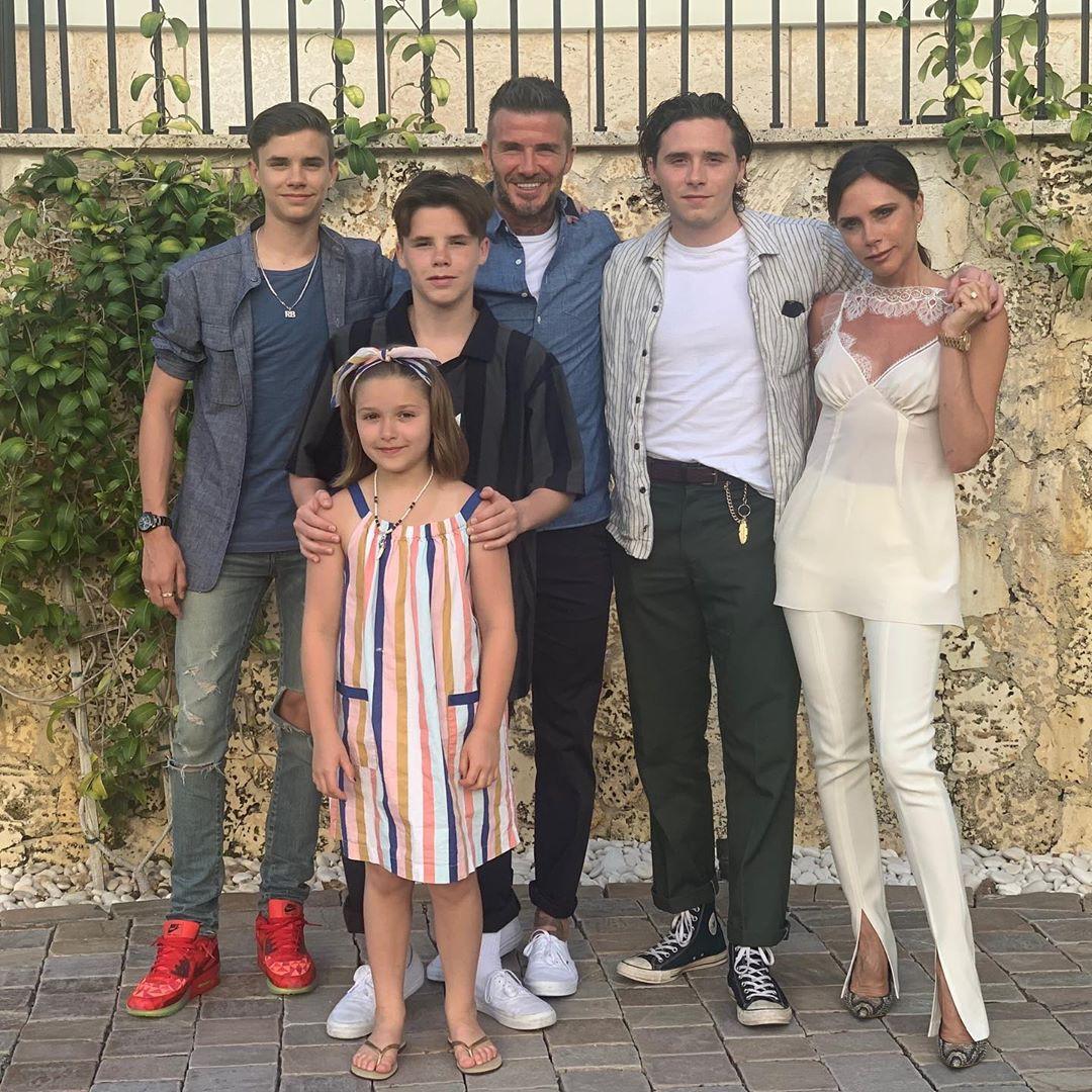 Nhờ sinh nhật của thiên thần nhỏ Harper, cuối cùng tin đồn về mâu thuẫn trong gia đình nhà Beckham cũng có lời đáp - Ảnh 3.