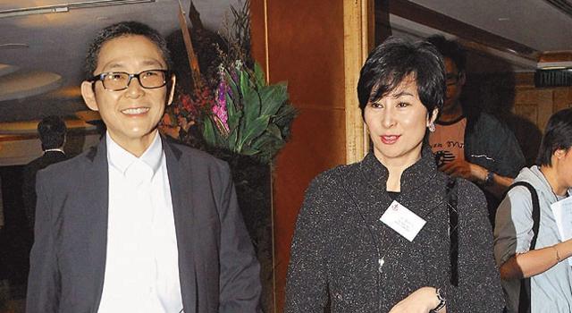 Ái nữ quyền lực nhất nhà trùm casino Macau: Phớt lờ gia sản kế nghiệp khổng lồ, hạnh phúc bên người tình đồng tính - Ảnh 6.