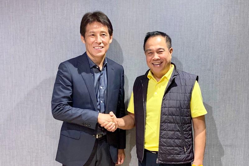 Drama bi hài của bóng đá Thái Lan: Chưa ký hợp đồng, HLV người Nhật Bản đã bị truyền thông vạch mặt - Ảnh 1.