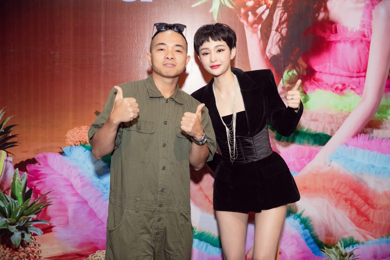 Mặc tựa đề ca khúc gây tranh cãi, ekip Hiền Hồ vẫn khẳng định: Tựa bài hát không hề nhạy cảm với fan trẻ tuổi - Ảnh 5.