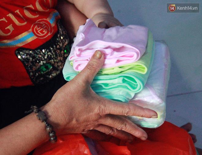 Câu chuyện xúc động của người phụ nữ 10 năm nhặt hơn 27.000 xác thai nhi để chôn cất, trở thành mẹ nuôi của 3 đứa bé - Ảnh 9.