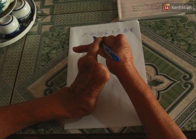 Gặp gia đình một ngón tài hoa ở Hà Nam: Người thầy vượt qua nghịch cảnh, viết chữ đẹp nhất vùng - Ảnh 7.