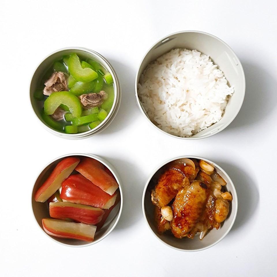 Chỉ với 50k đồng, cô gái trẻ làm ra hàng loạt bữa cơm trưa siêu tinh tế để chồng mang đi làm mỗi ngày - Ảnh 11.