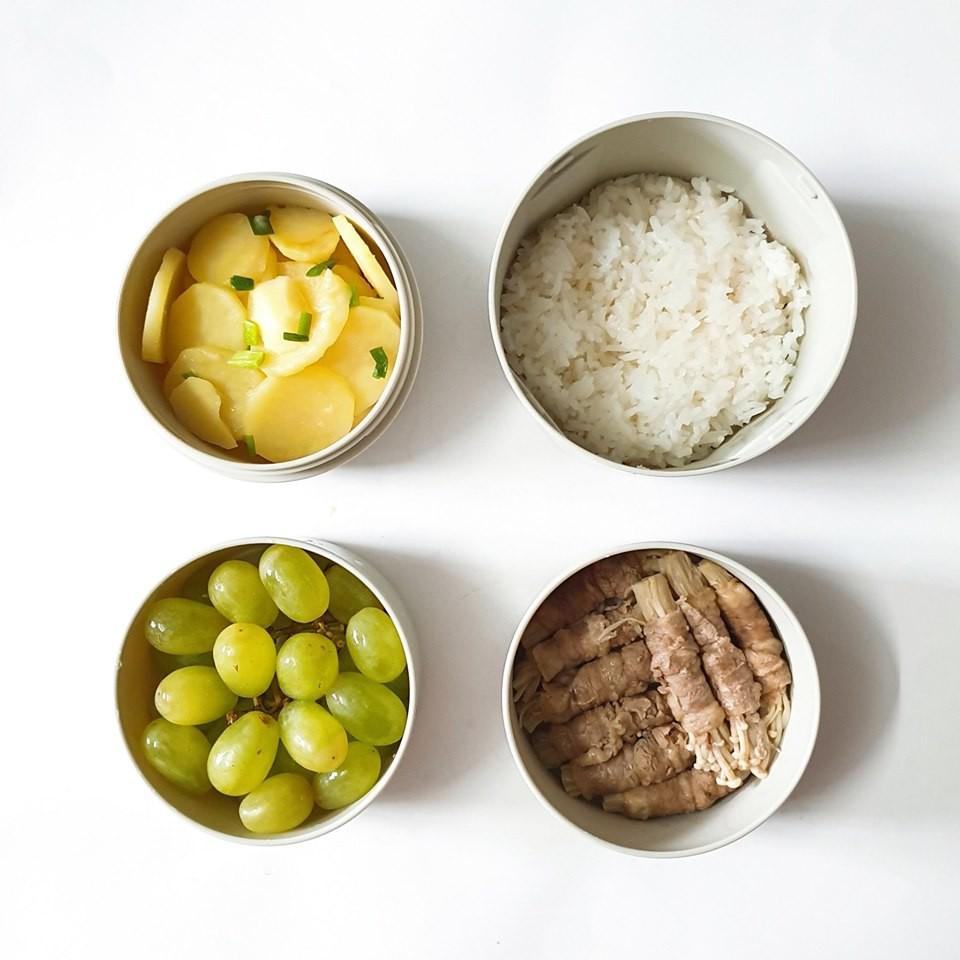 Chỉ với 50k đồng, cô gái trẻ làm ra hàng loạt bữa cơm trưa siêu tinh tế để chồng mang đi làm mỗi ngày - Ảnh 13.