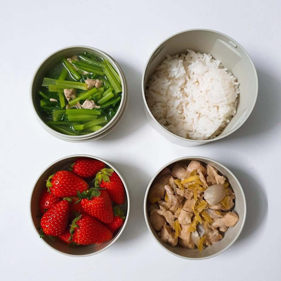 Chỉ với 50k đồng, cô gái trẻ làm ra hàng loạt bữa cơm trưa siêu tinh tế để chồng mang đi làm mỗi ngày - Ảnh 9.