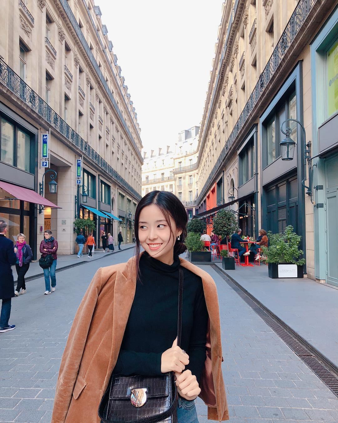 Tân Hoa hậu Hàn Quốc 2019: makeup càng nhạt lại càng xinh, nổi bật nhất là khi lên đồ đơn giản - Ảnh 8.