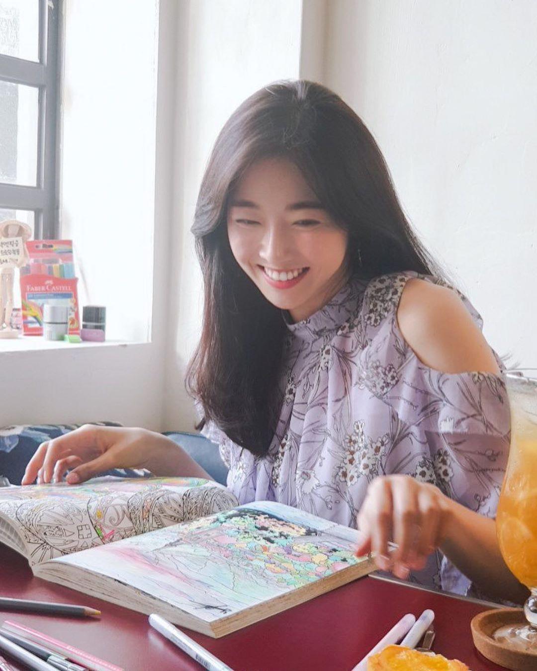 Bàn cân nhan sắc Tân và cựu Hoa hậu Hàn Quốc: Bên đẹp như diễn viên bên gây tranh cãi, body gây chú ý - Ảnh 16.
