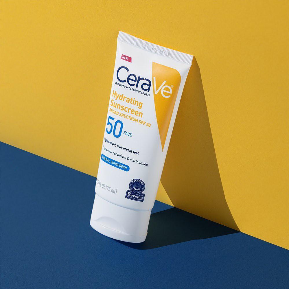 Cho ngày 39 độ, tia UV vượt ngưỡng: bôi KCN là bắt buộc, nhưng nếu da bạn dễ nổi mẩn thì đã có ngay 9 sản phẩm an toàn được bác sĩ bảo kê - Ảnh 2.
