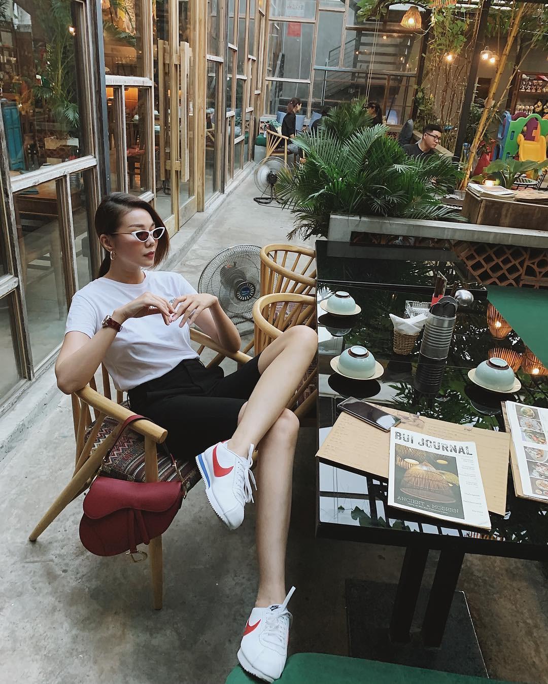 Làm chủ công thức đen - trắng với 13 ý tưởng từ sao nữ Việt và style của bạn sẽ lên đời thấy rõ - Ảnh 8.