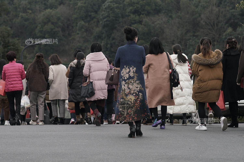 Những phụ nữ không thể làm mẹ ở Trung Quốc: Kẻ bị chồng lừa yếu sinh lý rồi ngoại tình, người vì hoàn cảnh phá thai đến mức vô sinh - Ảnh 9.