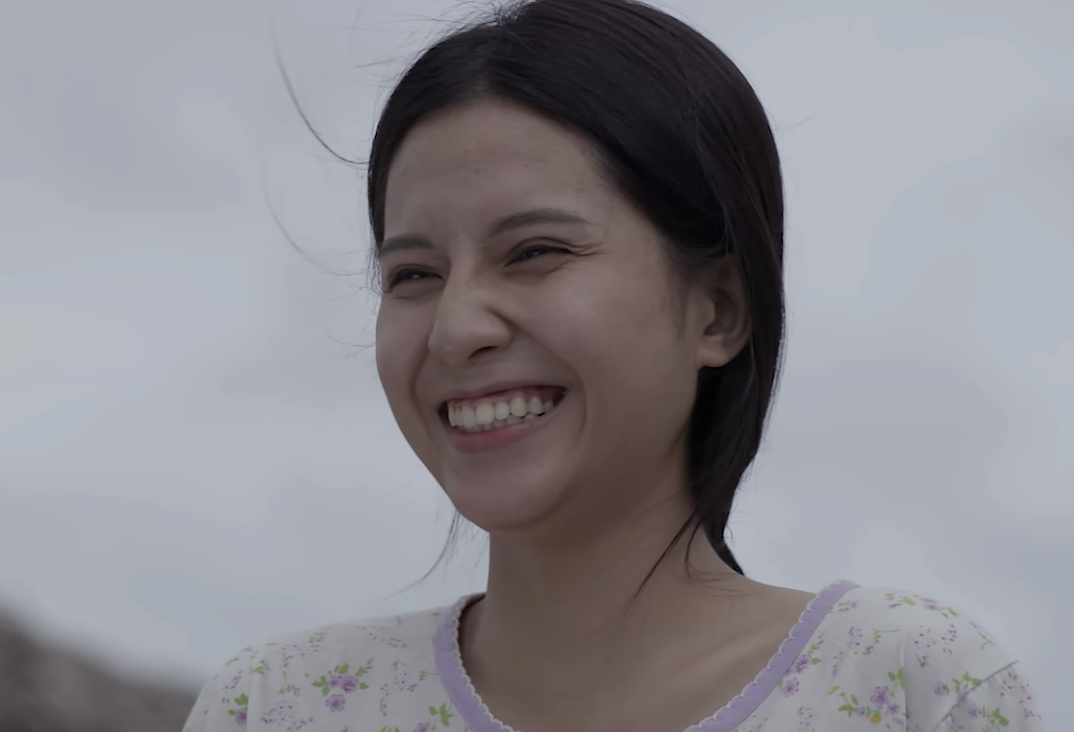 Nữ chính đóng MV Sóng gió của Jack và K-ICM: Á khôi ĐH Hutech, mặt mộc xuất sắc không chê vào đâu được - Ảnh 3.