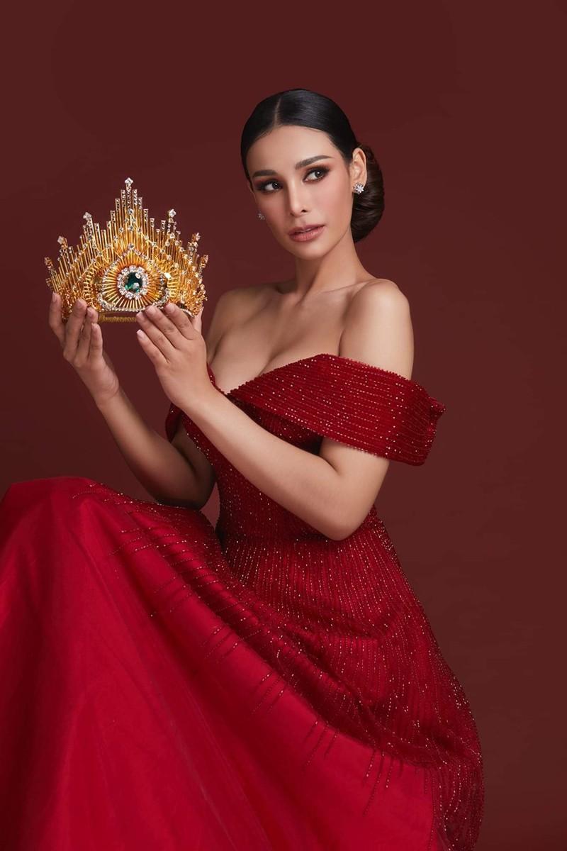 Tân Hoa hậu Hoà bình Thái: Đăng quang trong lạc lõng không được chúc mừng, bị chỉ trích vì từng hạ bệ Miss Universe 2018 - Ảnh 4.
