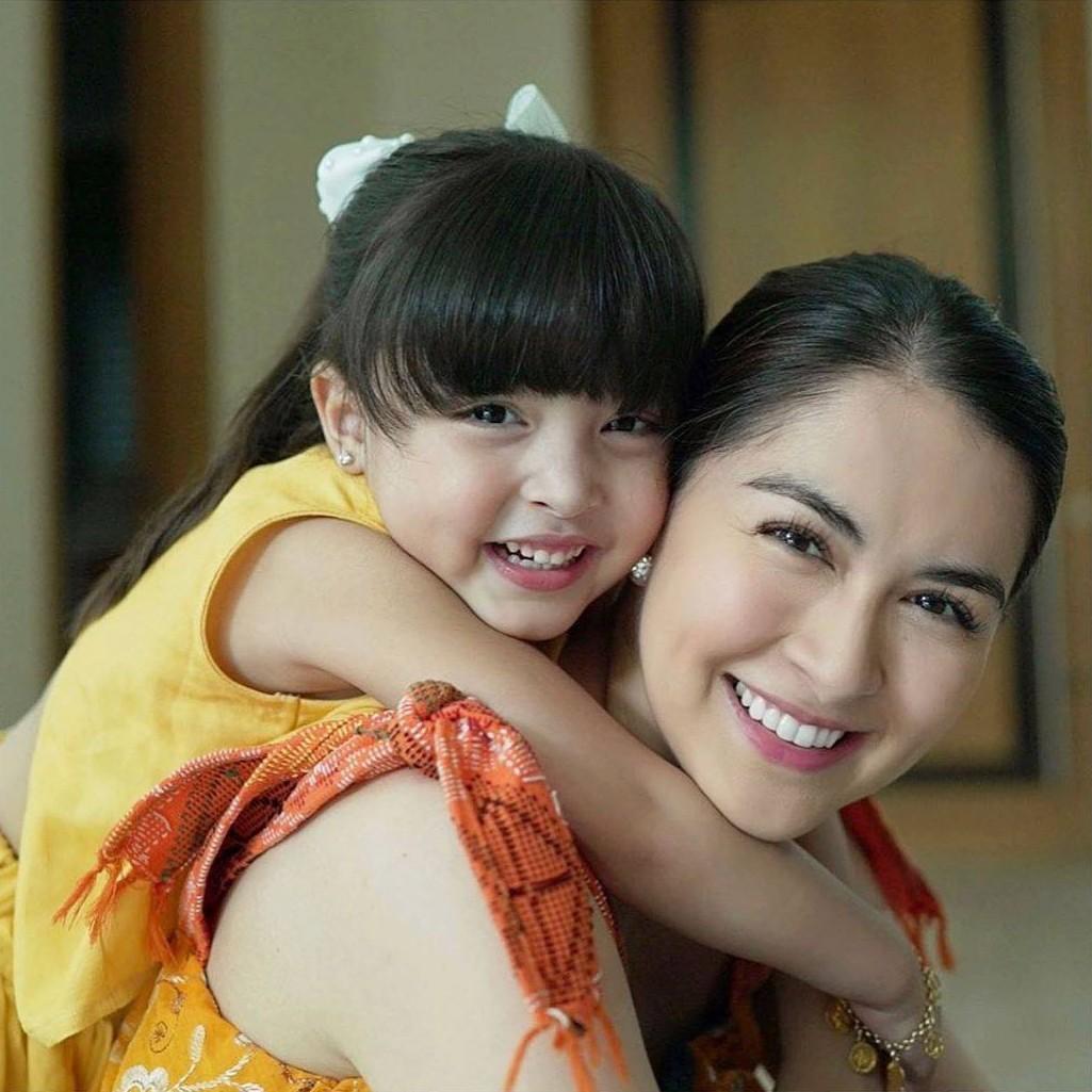 Rụng tim với loạt ảnh đôi của mẹ con mỹ nhân đẹp nhất Philippines: Xinh xuất sắc, giống nhau như bản sao - Ảnh 1.