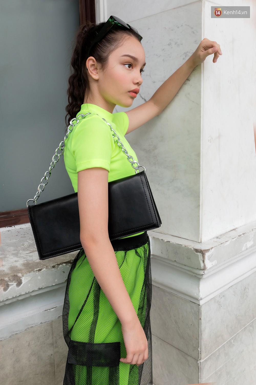 Nếu bí ý tưởng mặc đẹp ngày nóng, bạn cần xem ngay street style đơn giản mà chất thôi rồi của giới trẻ Việt tuần qua - Ảnh 14.