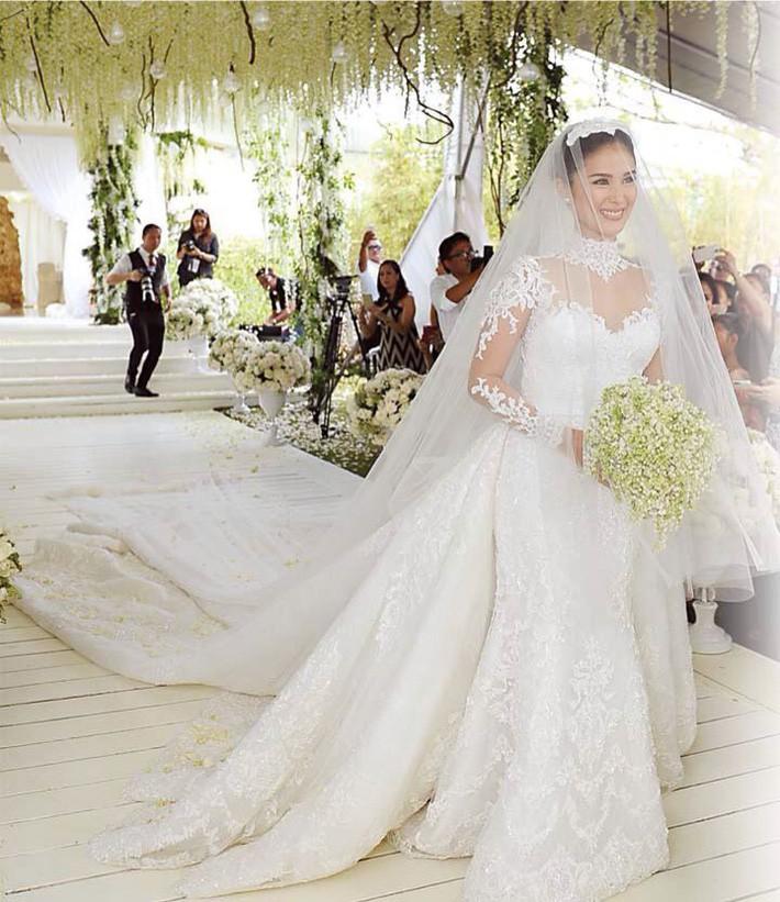 Bạn thân Hà Tăng - phu nhân thượng nghị sĩ Philippines từng diện tới 3 chiếc váy cưới xa hoa trong hôn lễ - Ảnh 2.