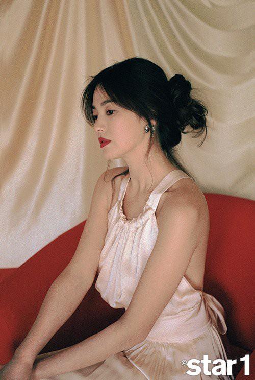 Ly hôn xong buông lơi quá, Song Hye Kyo ngày càng khác xưa lắm rồi? - Ảnh 3.