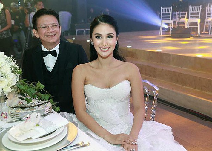 Bạn thân Hà Tăng - phu nhân thượng nghị sĩ Philippines từng diện tới 3 chiếc váy cưới xa hoa trong hôn lễ - Ảnh 9.