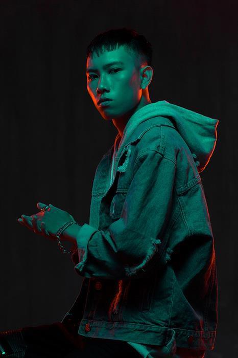 Fan Việt hãnh diện: Hoaprox chính thức kí hợp đồng với Spinnin Records, về chung nhà với KSHMR, Hardwell, Tiesto,...! - Ảnh 1.