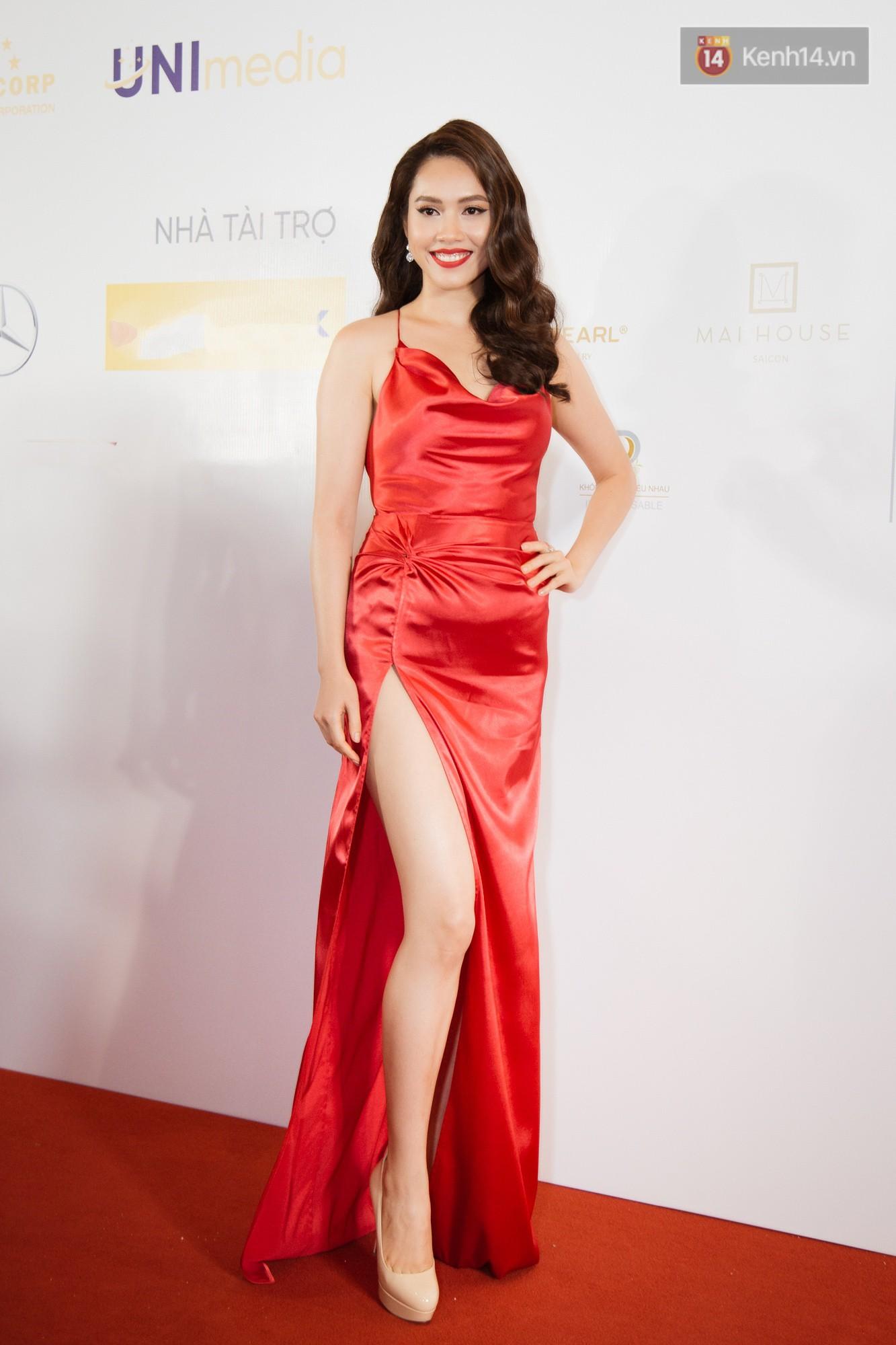HHen Niê diện style khác lạ, Mâu Thủy hở bạo khoe ngực đầy trong sự kiện khởi động Miss Universe Việt Nam 2019 - Ảnh 8.