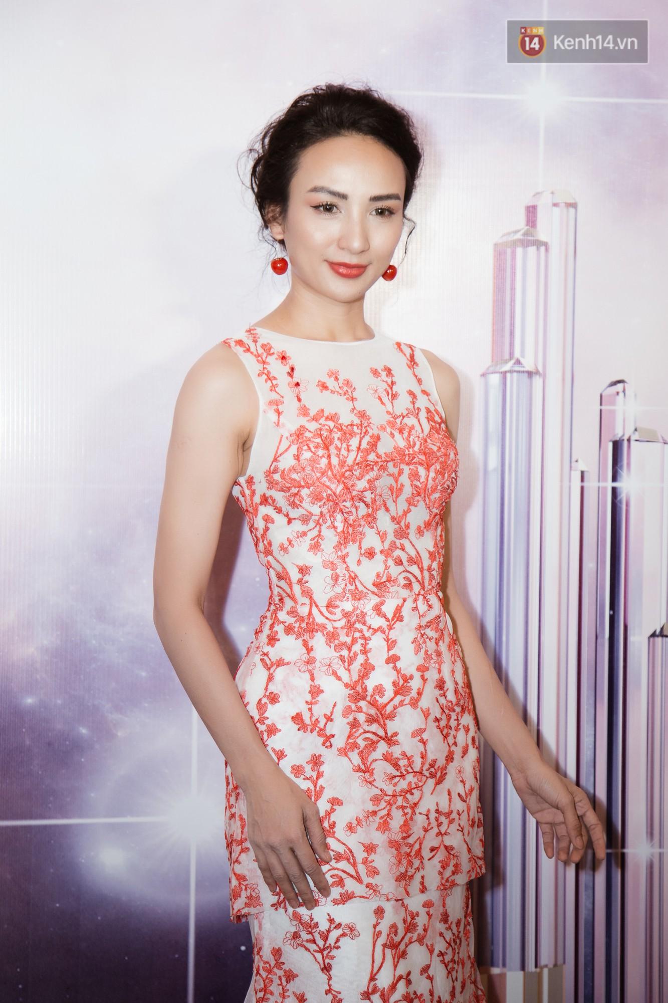 HHen Niê diện style khác lạ, Mâu Thủy hở bạo khoe ngực đầy trong sự kiện khởi động Miss Universe Việt Nam 2019 - Ảnh 7.