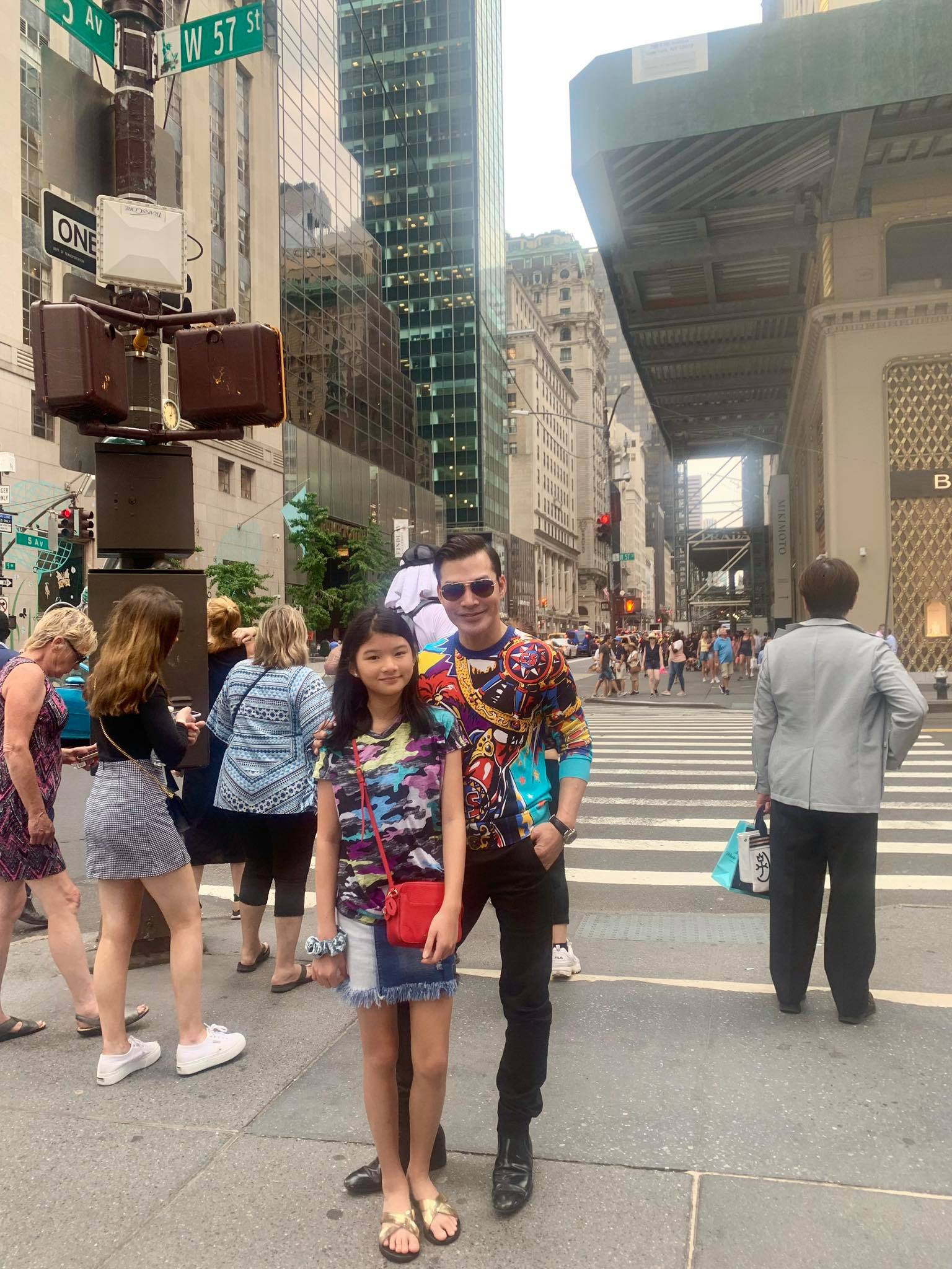 """Kỳ nghỉ hè xa hoa của các nhóc tỳ nhà sao Việt: Du lịch nước ngoài sang chảnh, khám phá đủ mọi trò chơi đúng chuẩn """"rich kid"""" - Ảnh 7."""