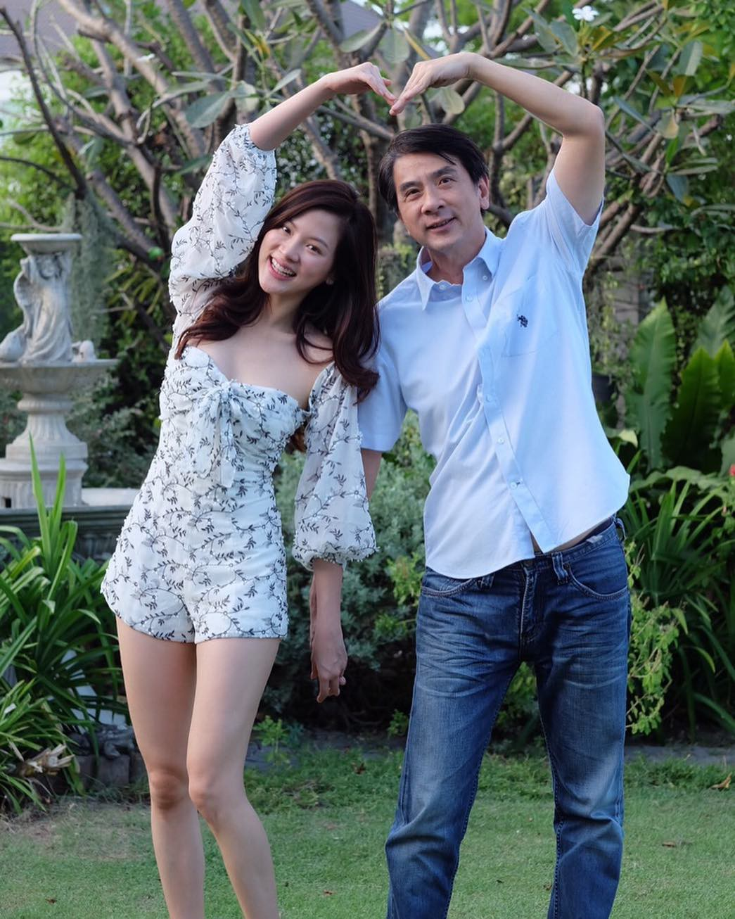 The beautiful family gene of beauty Baifern Flying Sheet: The beautiful boy is good, but his father is stunned - Photo 19.