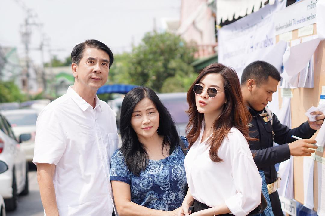 The beautiful family beauty beauty beauty The Baifern Flying Sheet: The beautiful brother is good, but his father is stunned - Photo 25.