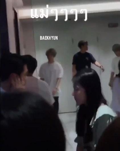 Fan SM hãy chuẩn bị: Rộ nghi vấn các nam thần hot nhất SHINee, EXO, NCT có màn kết hợp dậy sóng Kpop - Ảnh 1.