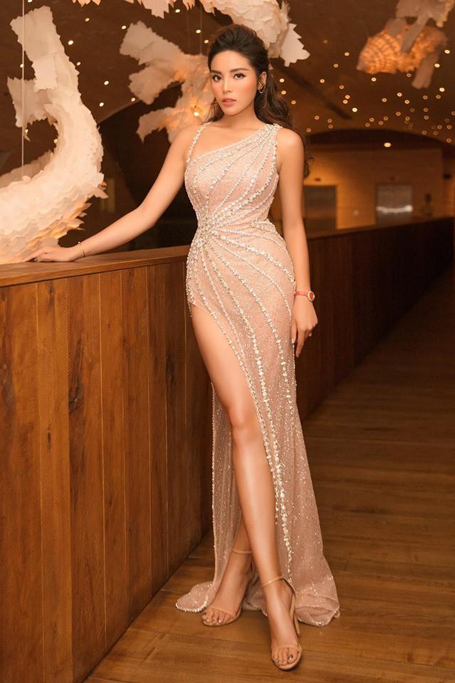 Hành trình nhan sắc và khối tài sản không phải dạng vừa của dàn Hoa hậu đình đám - Ảnh 35.