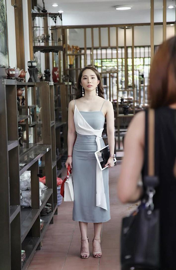 Mẫu váy của Nhã (Về Nhà Đi Con) được hội bán hàng online thi nhau rao, nhưng dân tình lại quyết tẩy chay và gọi là váy tiểu tam - Ảnh 1.