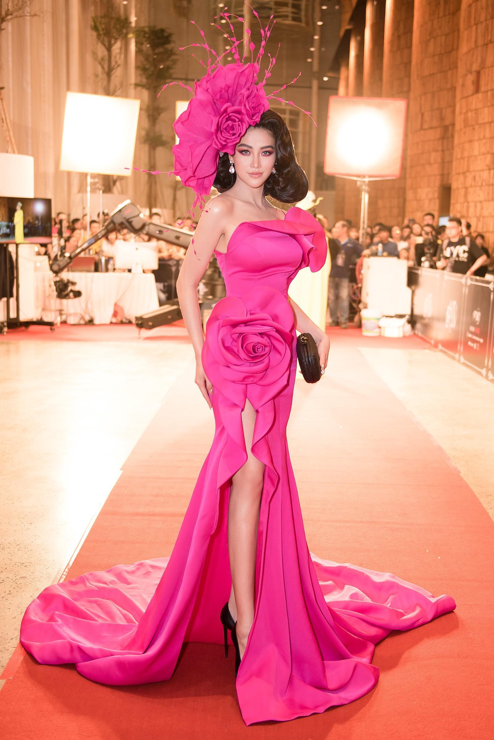 Hành trình nhan sắc và khối tài sản không phải dạng vừa của dàn Hoa hậu đình đám - Ảnh 26.