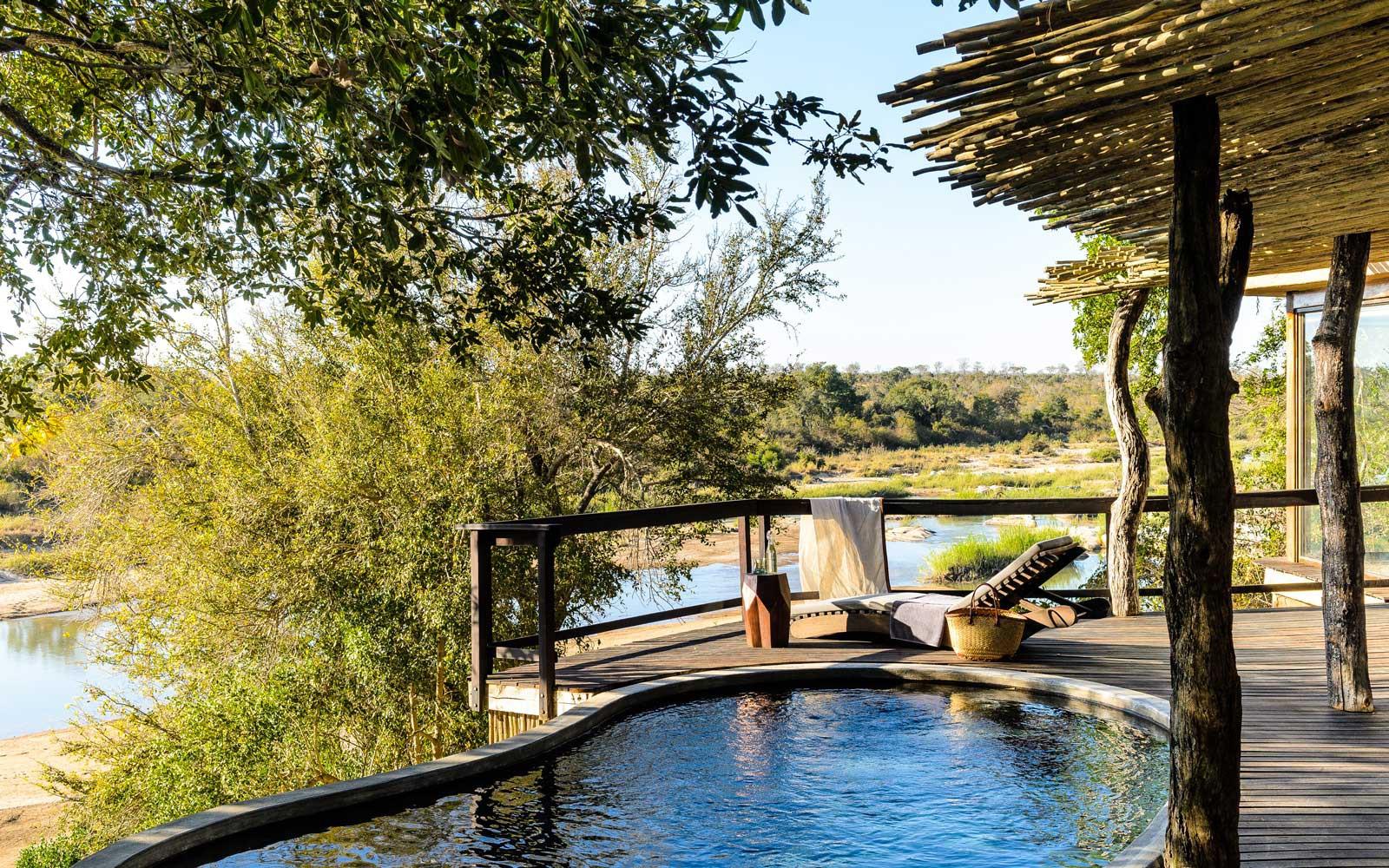 Tạp chí du lịch nổi tiếng công bố 100 khách sạn tốt nhất thế giới, 3 đại diện Việt Nam tự hào lọt top - Ảnh 3.