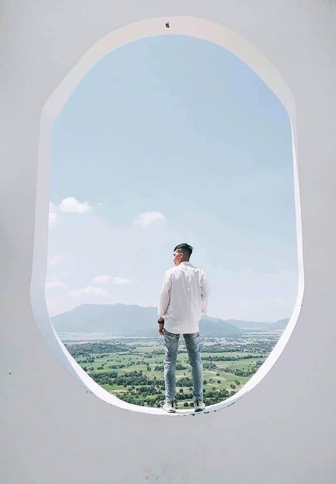 Há hốc mồm với xuất xứ của background sống ảo hình cửa sổ máy bay siêu to khổng lồ đang hot ở An Giang - Ảnh 8.
