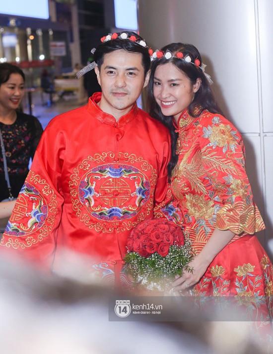 Đông Nhi lần đầu xuất hiện sau khi nhận lời cầu hôn từ Ông Cao Thắng, dù lẻ bóng nhưng vẫn đầy rạng rỡ - Ảnh 5.