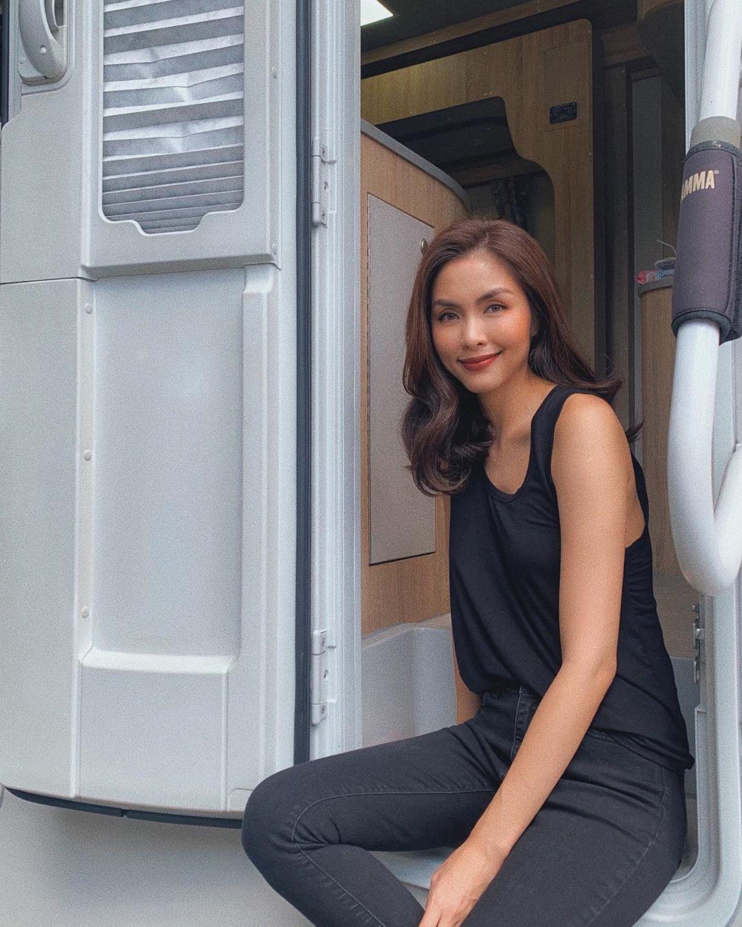 Chỉ bằng một món thời trang, Hà Tăng cho thấy điểm tuyệt phẩm bao người ao ước sở hữu - Ảnh 2.