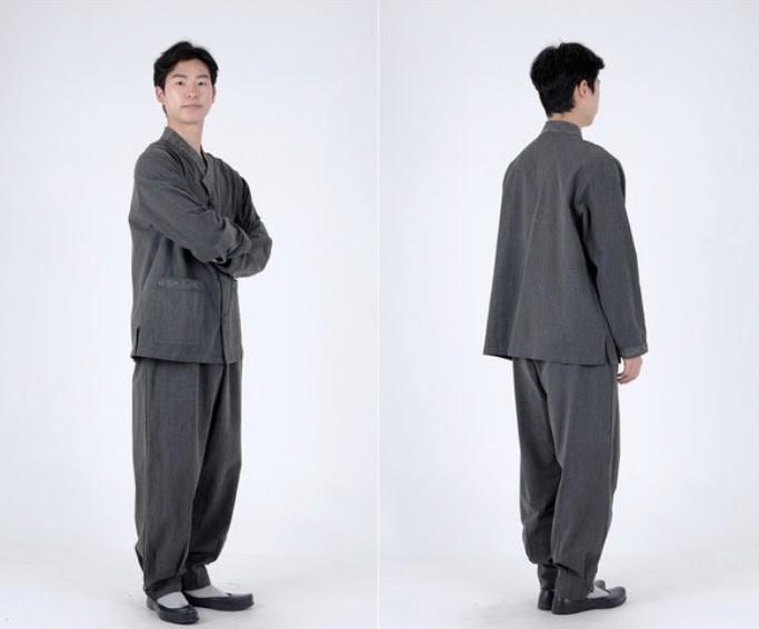 Nuôi mộng mặc áo đôi với Jungkook, fan thi nhau truy cập đánh sập cả website của hãng - Ảnh 4.