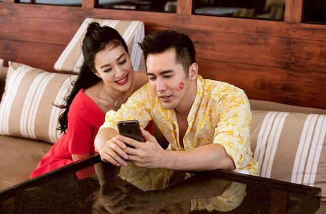 Nhan sắc của các người đẹp châu Á lấy chồng đáng tuổi cháu - Ảnh 14.