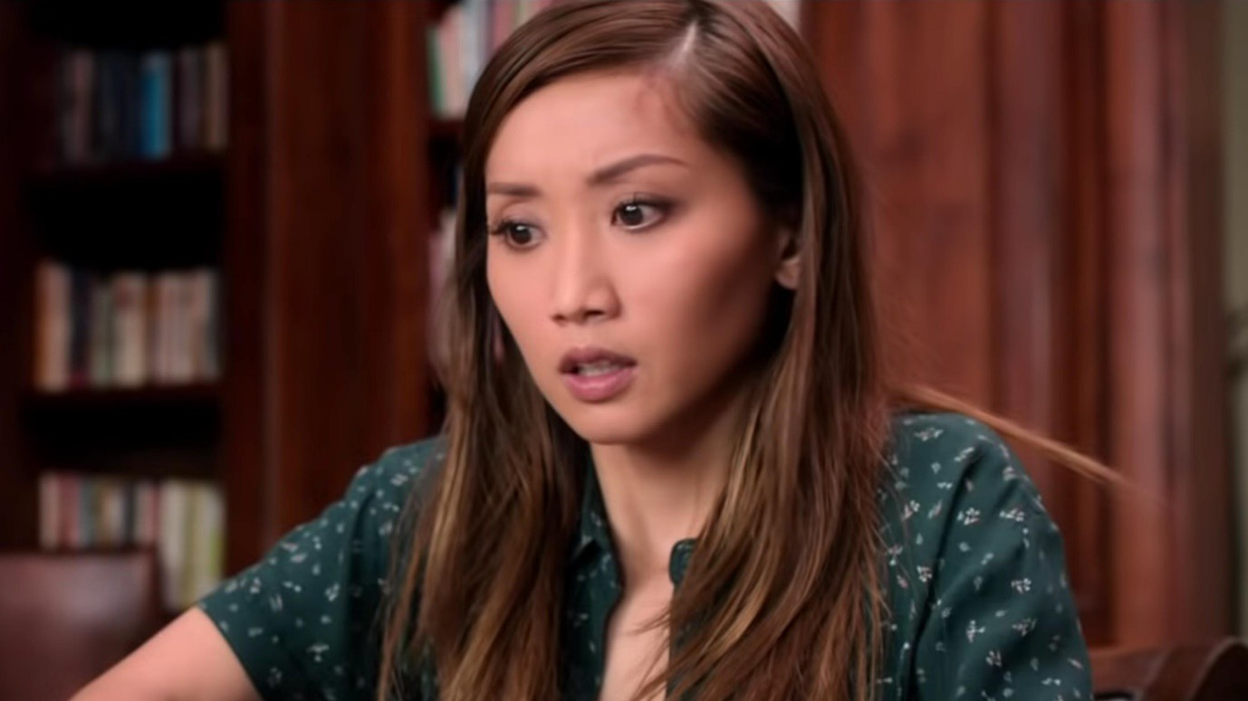 """""""Secret Obsession"""": Bị gã cuồng tình theo đuổi ghê rợn như Brenda Song thì thà """"ế"""" cả đời còn hơn! - Ảnh 6."""
