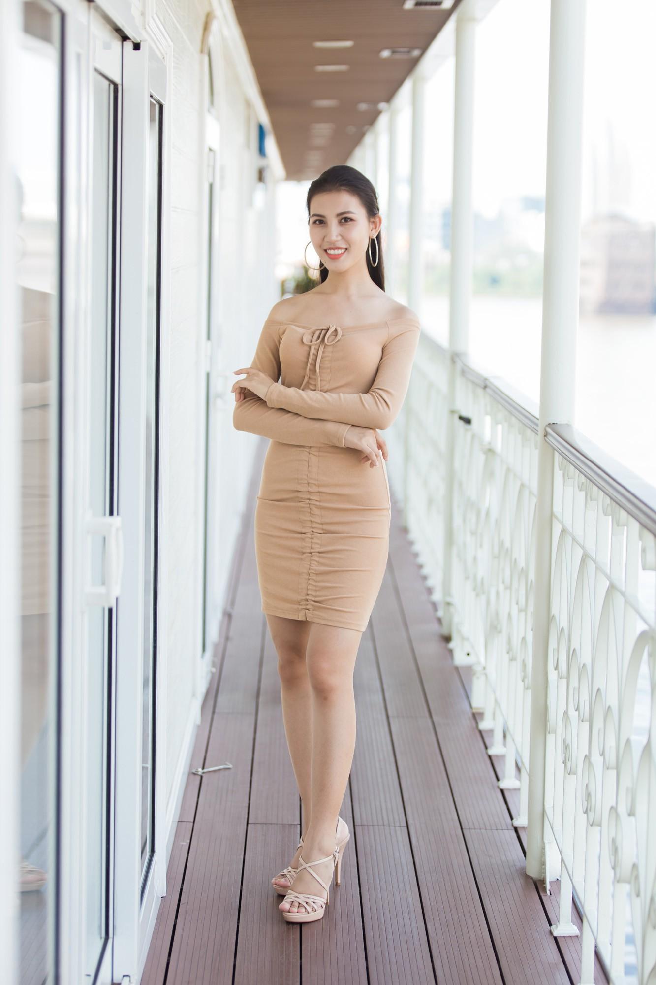 Từ cô Hoa hậu bị hoài nghi, Tiểu Vy hôm nay đứng trước Top thí sinh Miss World đầy bản lĩnh và thần thái - Ảnh 18.
