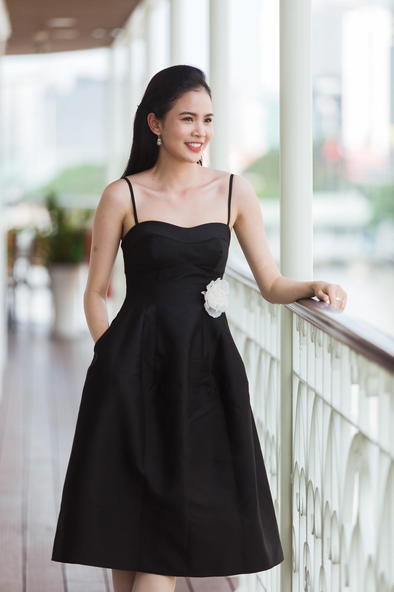 Từ cô Hoa hậu bị hoài nghi, Tiểu Vy hôm nay đứng trước Top thí sinh Miss World đầy bản lĩnh và thần thái - Ảnh 14.