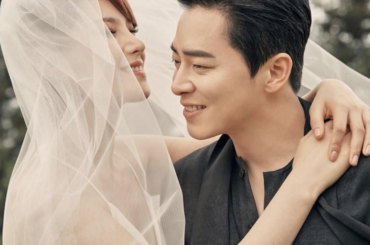 Ngọt sâu răng với lời tài tử Jo Jung Suk dành cho nữ ca sĩ Hậu duệ mặt trời, đặc biệt là cách vợ thay đổi anh - Ảnh 2.