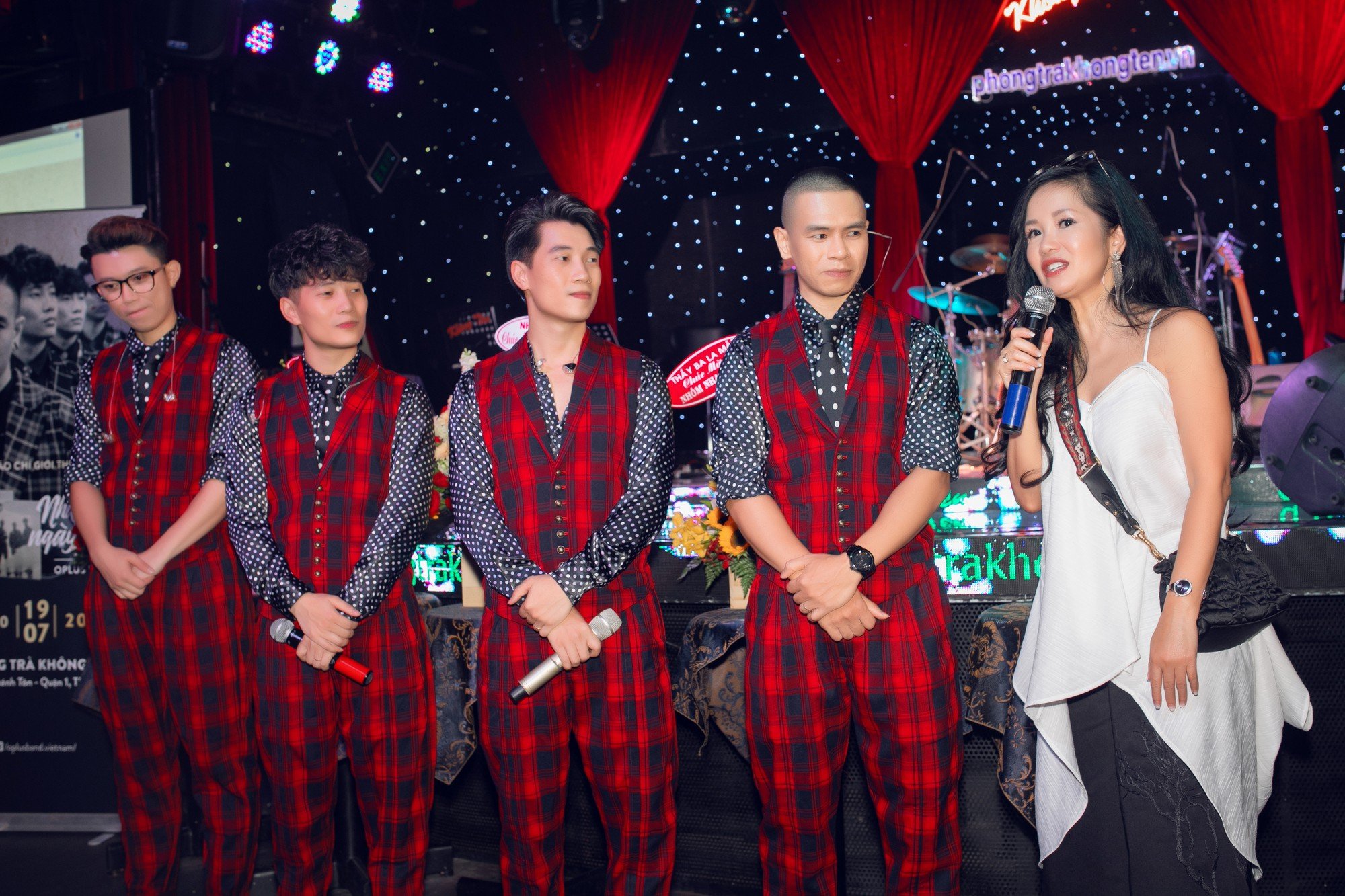 Diva Hồng Nhung hết lòng khen ngợi OPlus trong album nhạc xưa - Ảnh 3.