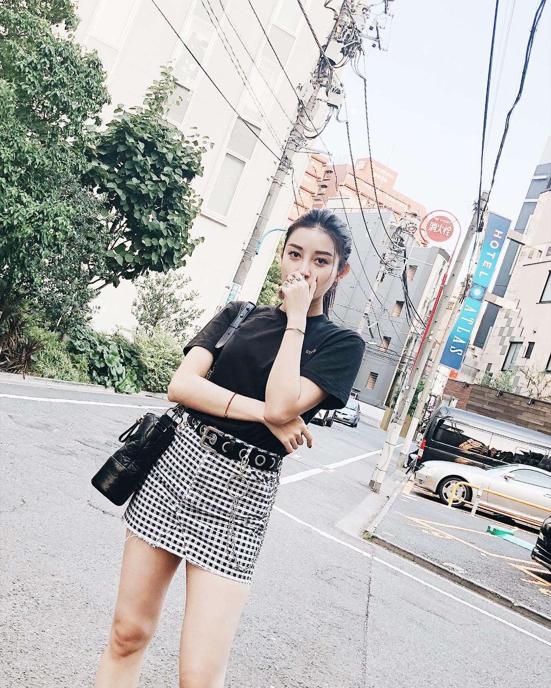Thêm một tấm gương mặc đẹp cho các chị em: Á hậu Huyền My với style đơn giản nhưng cực sang - xịn - mịn - Ảnh 9.
